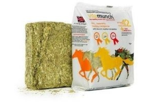 equilibrium Vitamunch Heavenly Hedgerow Horse Snack 1 Kg x Size: 5 Pack