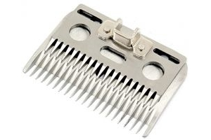 Wolseley A7 Extra Coarse Clipper Blade Clipping Height - 3-4mm in Display Tin Compatible with Liscop-Liveryman & Hauptner Electric 3000 Clippers AND Tigerbox® Antibacterial Pen.