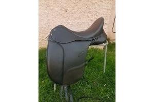 bates isabell werth dressage saddle Black 17.5