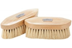 LeMieux Deep Clean Dandy Brush