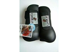 Eskadron Protection Gaiters and Fetlock Boots Set of 4 Size Pony Black
