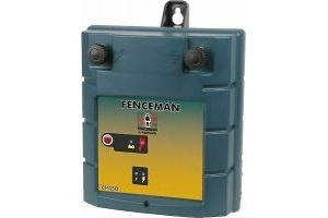 FENCEMAN CP450 12 VOLT ELECTRIC FENCE / FENCING BATTERY ENERGISER