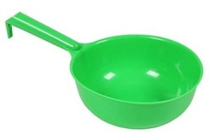 Shires Corn Feed Scoop One Size Green