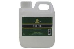 TRILANCO PIG OIL 1 LITRE FOR HORSES MANES TAILS LEGS PREVENTING MUD FEVER FARM