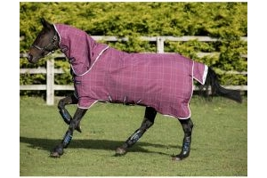 Horseware Rhino Plus with Vari-Layer 450g Heavyweight Detach-A-Neck Turnout Rug Berry/Grey/White Check/Grey