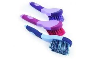 Shires Ezi Groom Bucket Brush