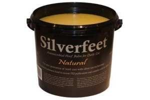 Silverfeet Silver Based Antimicrobial Horse Hoof Balm Natural x Size: 5 Lt