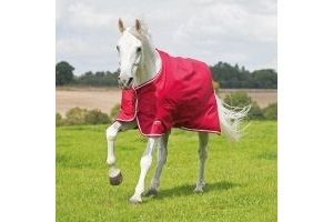 Shires Tempest Original Air Motion Turnout Rug Red and White: 4 ft