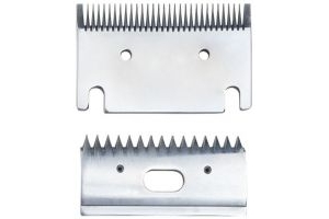 Replacement medium 3mm horse clipper blades. Fit Heiniger, Liveryman, Aesculap, Masterclip