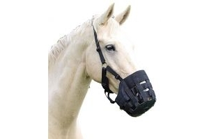 Shires Comfort Grazing Muzzle-Black Small Pony