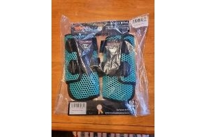 Equilibrium Tri-Zone All Sports Protection Horse Boot Size Large Teal