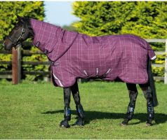 Horseware Rhino Plus with Vari-Layer 250g Medium Weight Detach-A-Neck Turnout Rug Berry/Grey/White Check/Berry